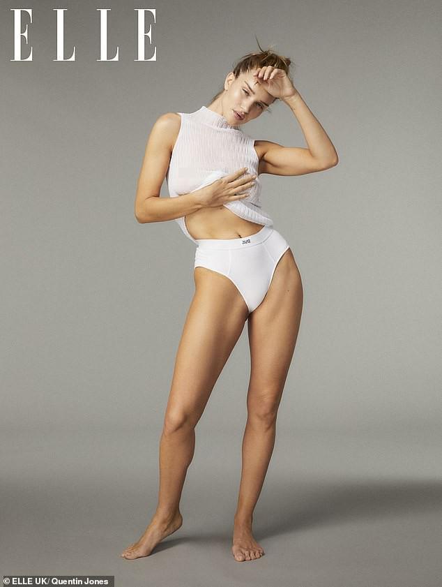 Bạn gái 'Người vận chuyển' chụp ngực trần nóng bỏng, hé lộ lần đầu gặp Jason Statham ảnh 2