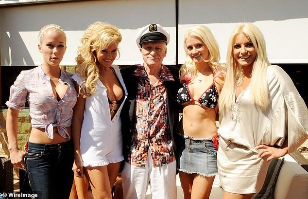 Cô đào kém 53 tuổi được ông trùm Playboy say đắm nhất hiện ra sao? ảnh 6