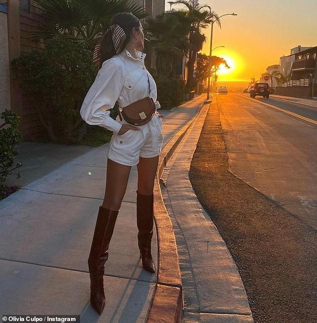 Hoa hậu Olivia Culpo nhí nhảnh với bikini, chia sẻ mắc bệnh lạc nội mạc tử cung ảnh 8