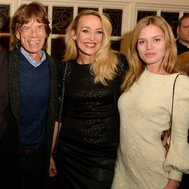 Đường cong nóng bỏng của con gái huyền thoại nhạc rock Mick Jagger ảnh 7