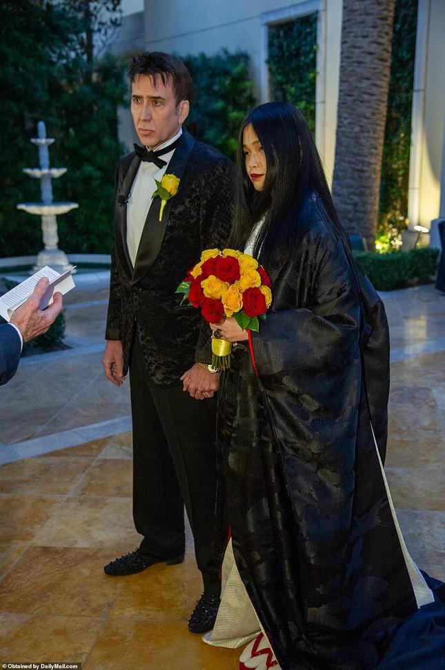 Tài tử 'Ma tốc độ' Nicolas Cage cưới vợ lần 5 ảnh 2