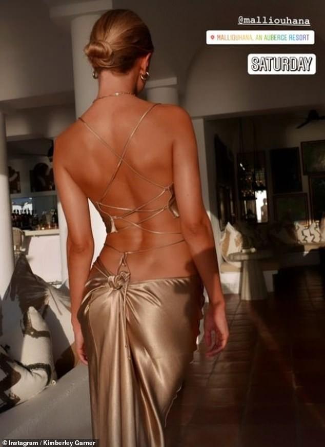 Mỹ nhân áo tắm Kimberley Garner lưng trần quyến rũ và võng eo tuyệt đẹp ảnh 2