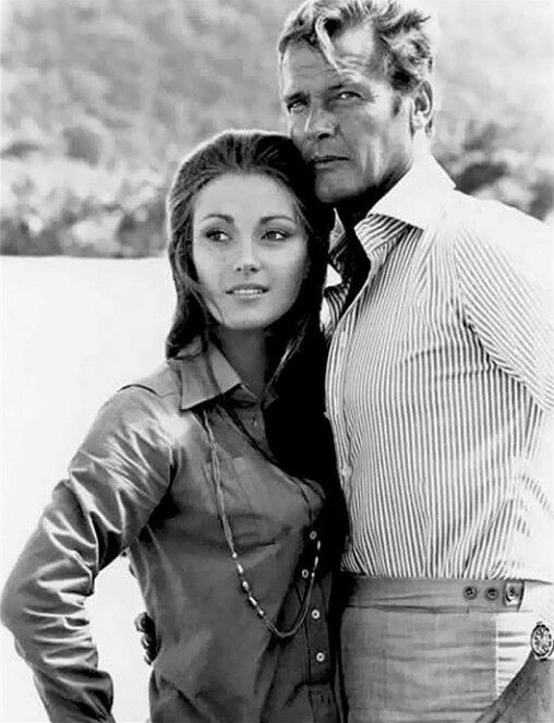 Nàng Bond Girl nóng bỏng một thời Jane Seymour tự tin diện áo tắm ở tuổi 70 ảnh 6