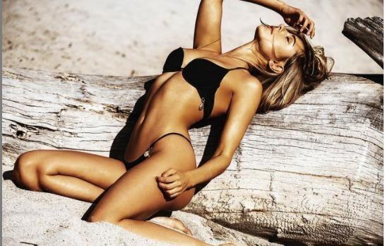 Mẫu áo tắm Kimberley Garner quyến rũ ngất ngây với bikini ảnh 5