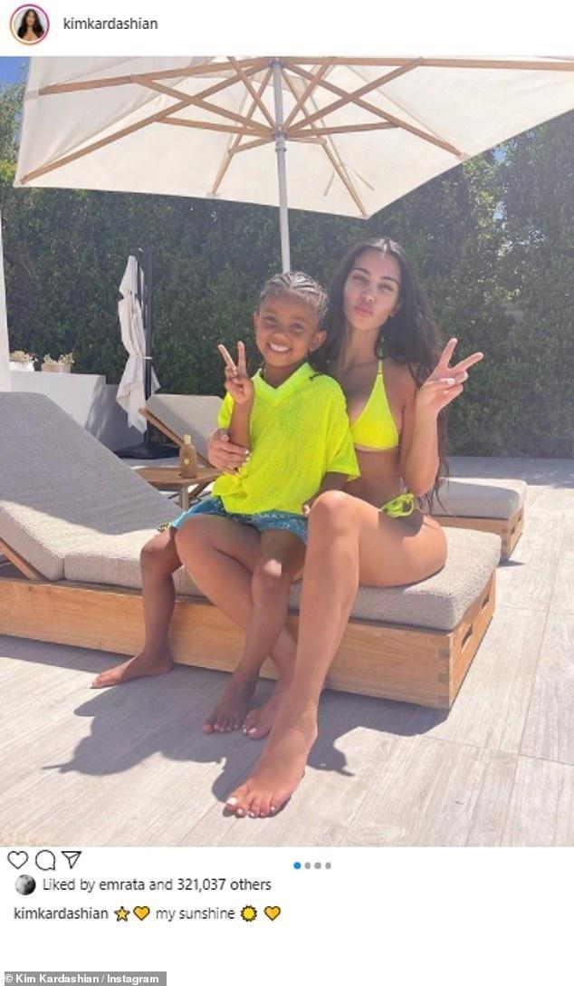 Giữa 'bão' ly hôn, Kim Kardashian vẫn miệt mài kinh doanh và không ngừng đăng ảnh gợi cảm ảnh 7