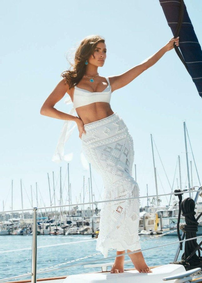 Hoa hậu Olivia Culpo gợi cảm mơn mởn với nội y ảnh 3