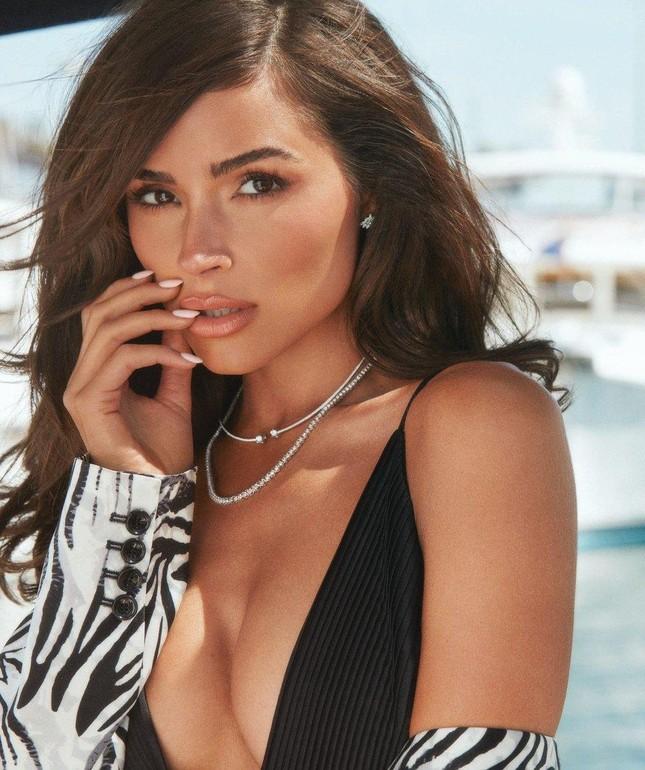 Hoa hậu Olivia Culpo gợi cảm mơn mởn với nội y ảnh 6