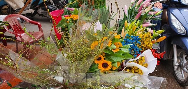 Độc đáo 'hoa nghìn nụ' được người dân đất Cảng săn đón dịp tết ảnh 2