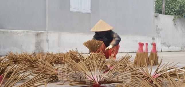 Thăm làng nghề làm hương thủ công nổi tiếng ở Hải Phòng ảnh 1