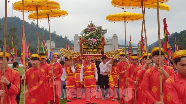 Quảng Ninh dừng tổ chức các lễ hội lớn để chống dịch corona ảnh 2