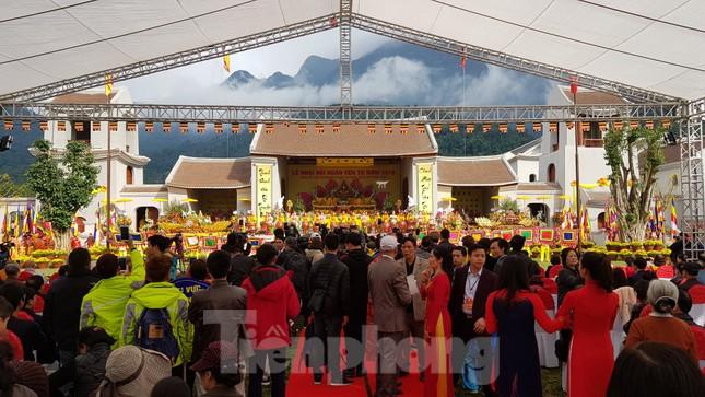 Quảng Ninh dừng tổ chức các lễ hội lớn để chống dịch corona ảnh 1