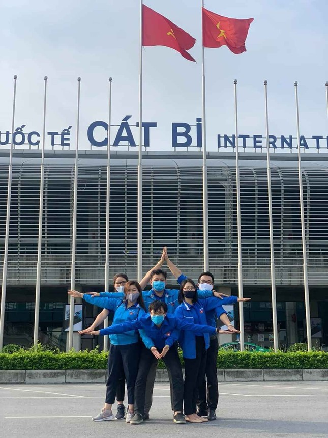 Thanh niên tình nguyện Hải Phòng tiếp sức đẩy lùi COVID-19 ảnh 1