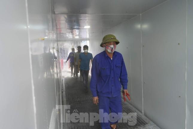 Công ty than chế tạo buồng khử khuẩn công suất 'khủng' cho công nhân ảnh 8
