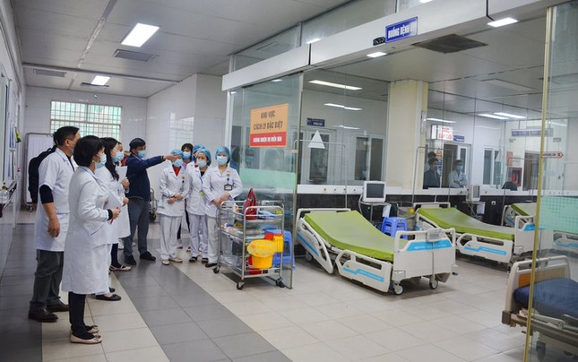 Chuẩn bị xuất viện, BN50 ở Quảng Ninh bất ngờ dương tính với SARS-CoV-2 ảnh 1