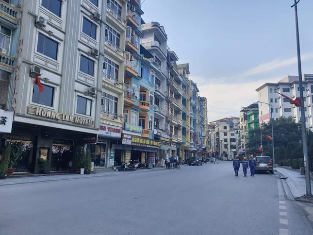 Quảng Ninh không bóng du khách trong ngày đầu nghỉ lễ 30/4 ảnh 5