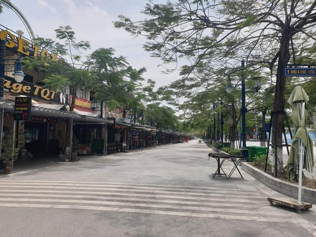 Quảng Ninh không bóng du khách trong ngày đầu nghỉ lễ 30/4 ảnh 1