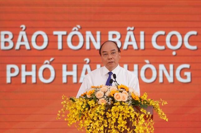 Thủ tướng dự lễ khởi công tuyến đường vào bãi cọc Cao Quỳ ảnh 1