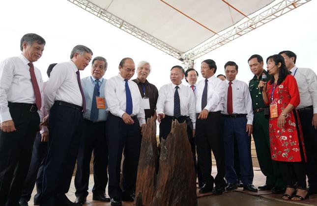 Thủ tướng dự lễ khởi công tuyến đường vào bãi cọc Cao Quỳ ảnh 2