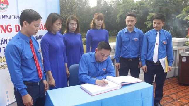 Đoàn Than Quảng Ninh tuyên dương thanh niên tiên tiến làm theo lời Bác ảnh 5