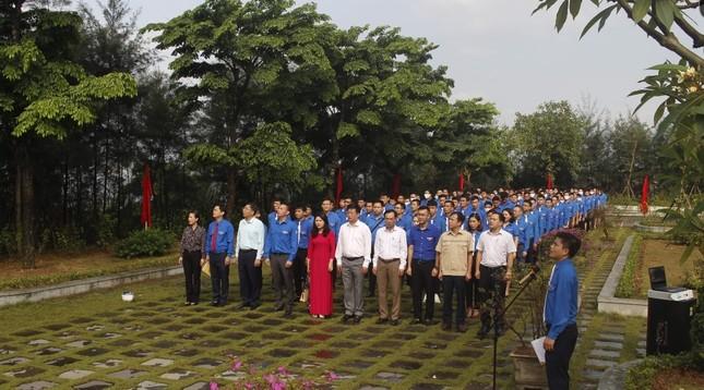 Đoàn Than Quảng Ninh tuyên dương thanh niên tiên tiến làm theo lời Bác ảnh 4