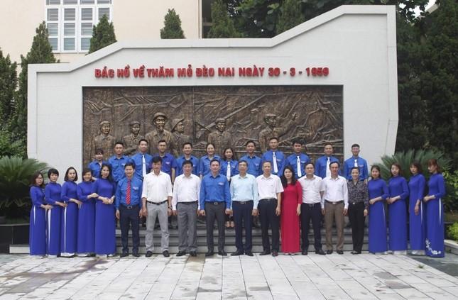 Đoàn Than Quảng Ninh tuyên dương thanh niên tiên tiến làm theo lời Bác ảnh 3