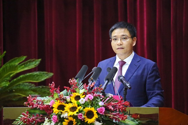 Chủ tịch tỉnh kiêm hiệu trưởng trường đại học đầu tiên cả nước ảnh 1