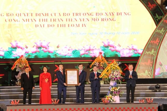 Rực rỡ sắc màu các dân tộc vùng Đông Bắc tỉnh Quảng Ninh ảnh 4