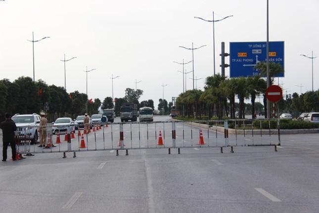 Nhìn gần các chốt kiểm dịch ở cửa ngõ thành phố Hạ Long ảnh 8