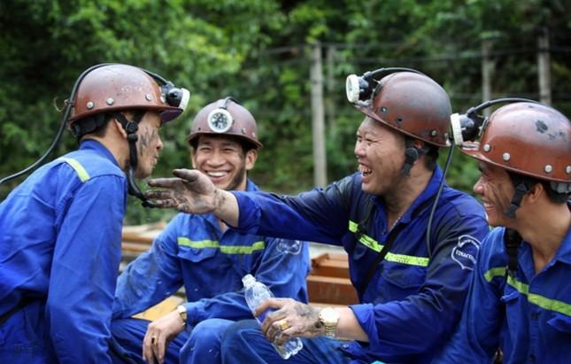 Lên phương án cho thợ mỏ xa quê đón Tết tại Quảng Ninh ảnh 1