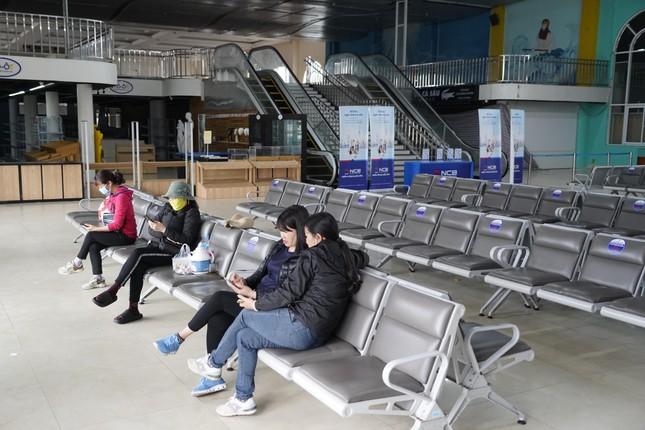 Mở cửa du lịch nội tỉnh, Hạ Long vẫn 'vắng như chùa bà Đanh' ảnh 3