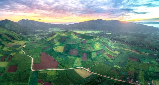 Chiêm ngưỡng núi lửa Chư Đăng Ya lúc mặt trời mọc ảnh 8