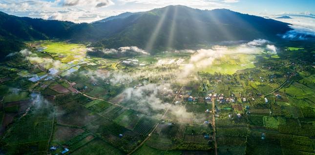 Chiêm ngưỡng núi lửa Chư Đăng Ya lúc mặt trời mọc ảnh 7
