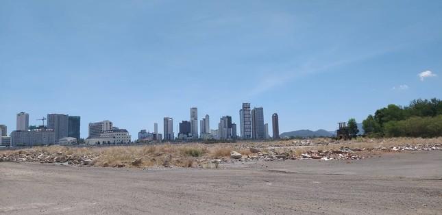 Bộ Quốc phòng không đồng ý lấy đất sân bay Nha Trang cũ làm bãi đậu xe ảnh 1