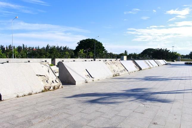 Công viên biển tiền tỉ ở Ninh Thuận hư hỏng ra sao? ảnh 7