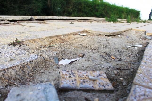 Công viên biển tiền tỉ ở Ninh Thuận hư hỏng ra sao? ảnh 5