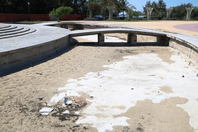 Công viên biển tiền tỉ ở Ninh Thuận hư hỏng ra sao? ảnh 13