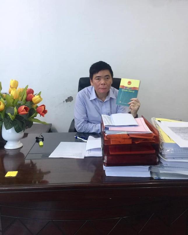 Hé lộ nguyên nhân vợ chồng luật sư Trần Vũ Hải bị khởi tố ảnh 1