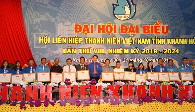 Anh Bùi Hoài Nam tái đắc cử chủ tịch Hội LHTN Việt Nam tỉnh Khánh Hoà ảnh 1