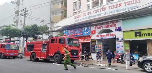 Cháy chung cư 16 tầng giữa trung tâm TP Nha Trang ảnh 1