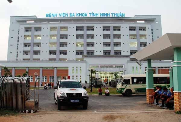 Ninh Thuận đưa người nhà bệnh nhân thứ 61 nhiễm Covid - 19 đi cách ly ảnh 1