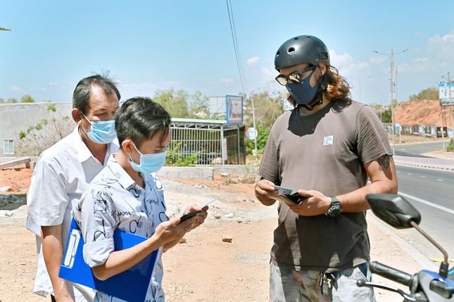 Bình Thuận lập 2 chốt kiểm soát y tế khách nước ngoài ảnh 2