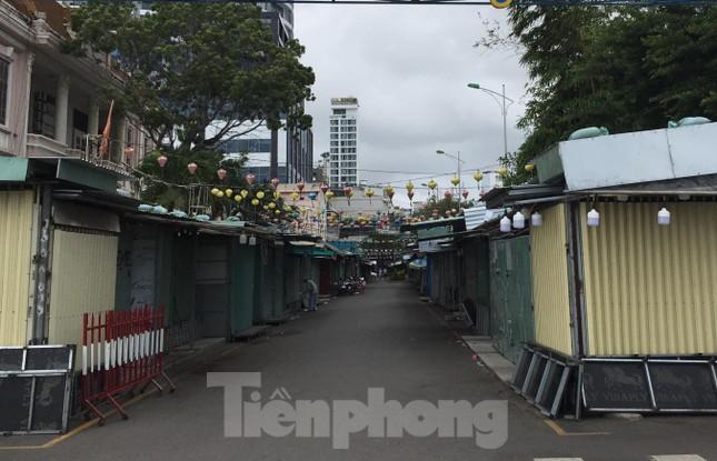 Khánh Hoà: Lùm xùm khu chợ đêm xây loạt ki ốt ngoài quy hoạch ảnh 2