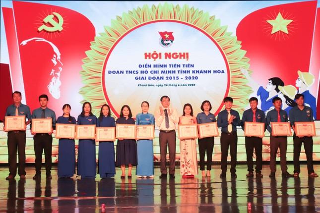 Tỉnh đoàn Khánh Hoà tuyên dương 53 cá nhân tiêu biểu phong trào thi đua yêu nước ảnh 1