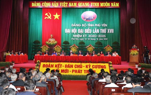 Bộ trưởng Bộ Quốc phòng dự Đại hội Đảng bộ tỉnh Phú Yên ảnh 2