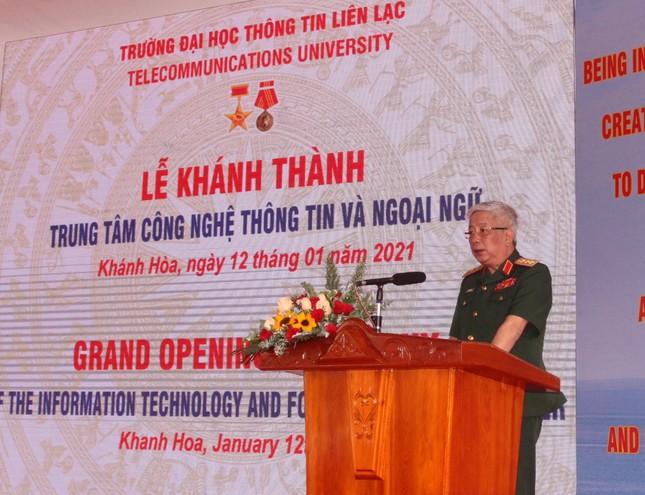 Bộ Quốc phòng khánh thành Trung tâm Công nghệ thông tin - Ngoại ngữ tại Nha Trang ảnh 1