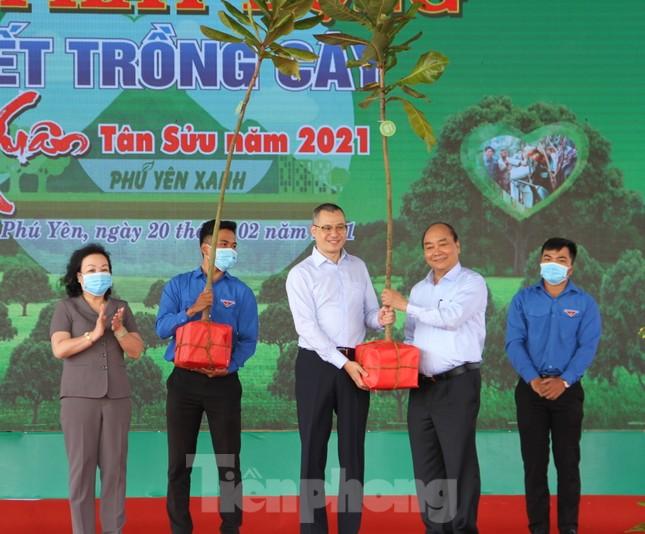 Thủ tướng Nguyễn Xuân Phúc: 'Mỗi người, mỗi nhà, mỗi cơ quan cùng gieo mầm xanh của sự sống' ảnh 2