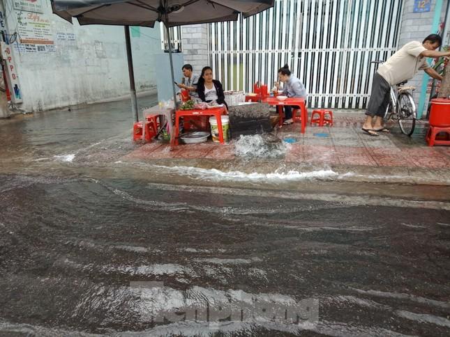 Tạm dừng cấp nước thành phố Nha Trang 2 ngày để sửa đường ống vỡ ảnh 1