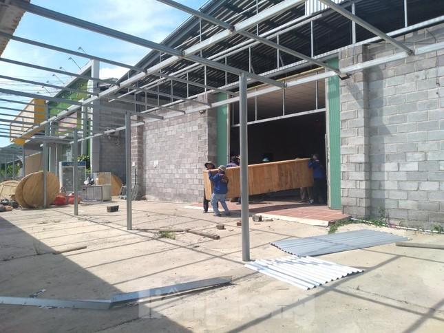 Cưỡng chế loạt cửa hàng xây trái phép tại Nha Trang chuyên đón khách Trung Quốc ảnh 5