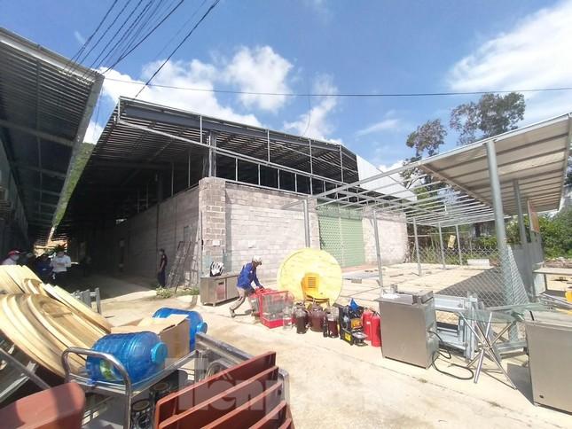 Cưỡng chế loạt cửa hàng xây trái phép tại Nha Trang chuyên đón khách Trung Quốc ảnh 6