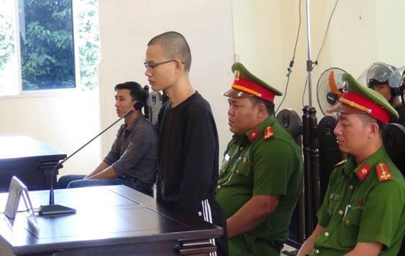 Một cán bộ y tế bị 7 năm tù vì tuyên truyền chống phá Nhà nước ảnh 1